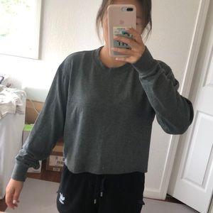 Grey cropped crewneck